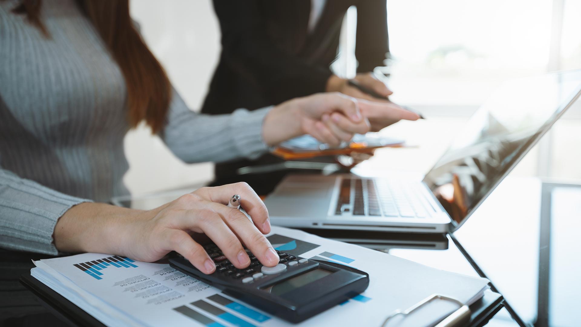 Finanzbuchhalter ( m/w/d ) Voll-/Teilzeit mit Berufspraxis oder Studium